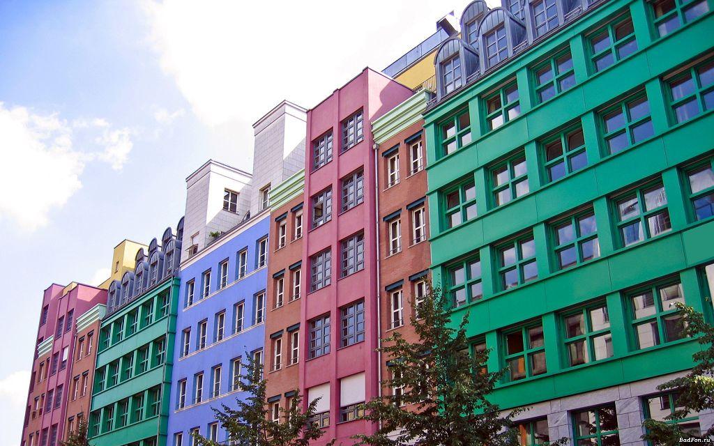 Яркие фасадные краски по штукатурке