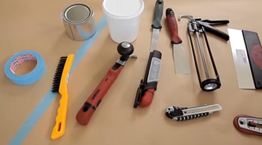 Инструменты для окрашивания окон