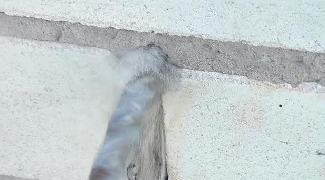 Высверливание отверстия в кирпичных швах