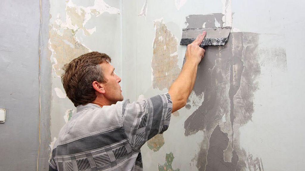 Подготовка и очистка стены перед оштукатуриванием