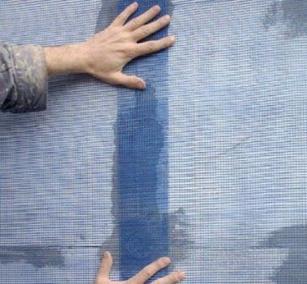 Крепите полотна с нахлестом