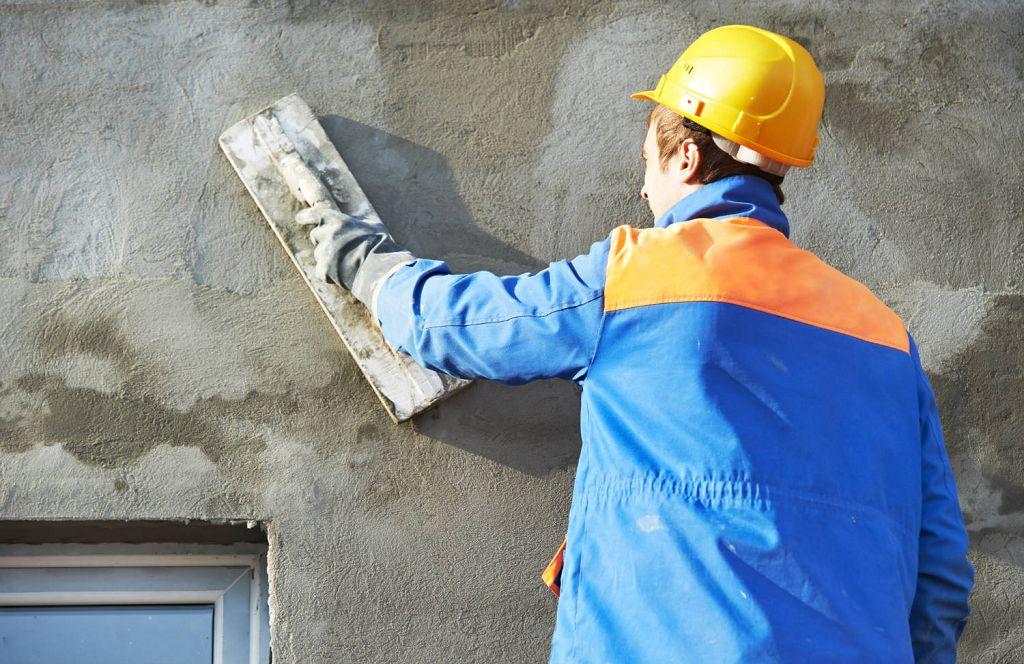 Нанесение штукатурки на газобетонные стены