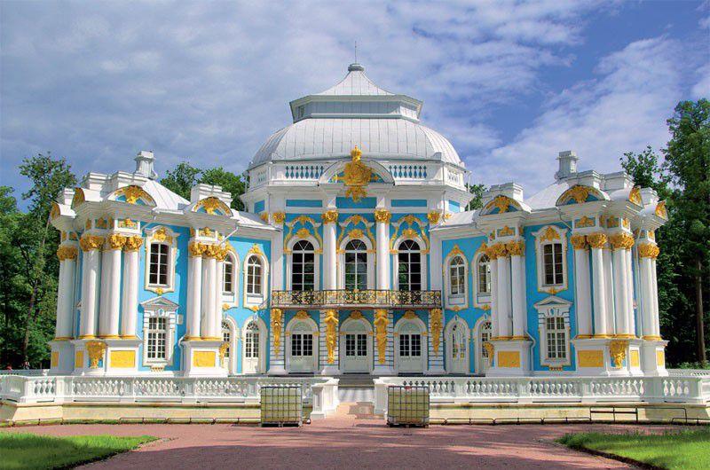 Шикарный особняк в стиле барокко
