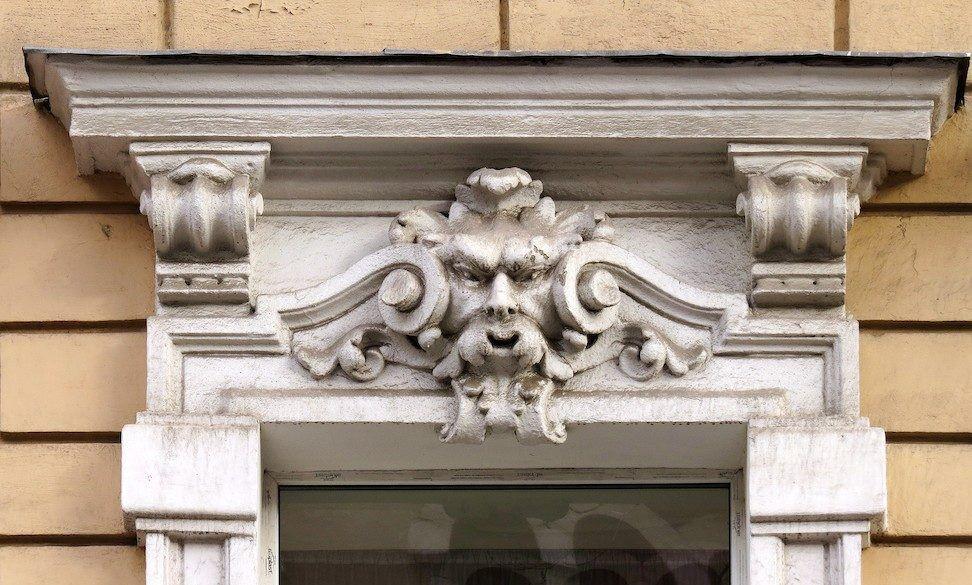Сандрик - интересный декоративный элемент