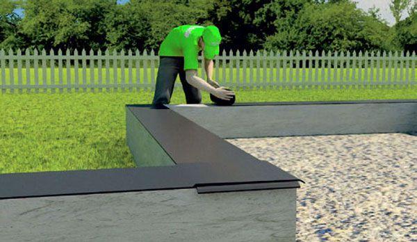 Соединять полосы рубероиды нужно нахлестом не менее чем 150 мм