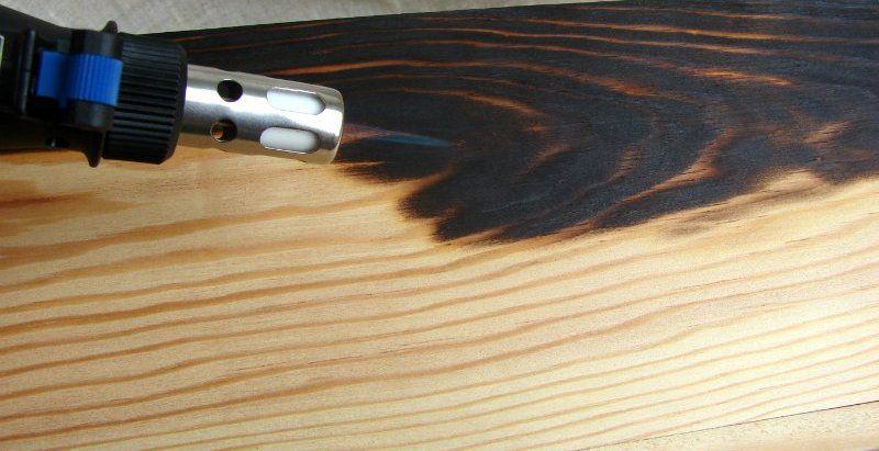 Техника обжига древесины паяльной лампой