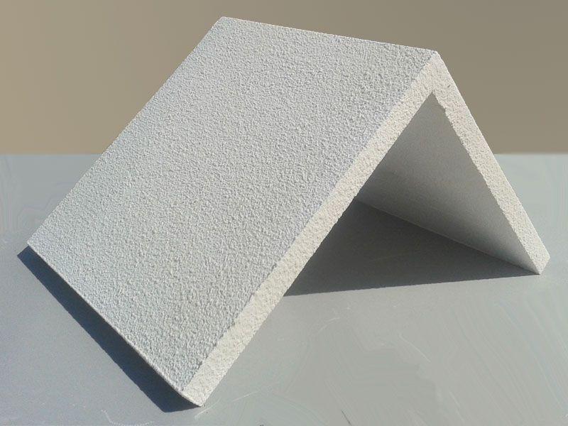 Угловые рустовые камни для фасада дома
