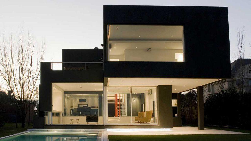 Дом в стиле минимализм, пример проекта с оформлением фасада в черном цвете