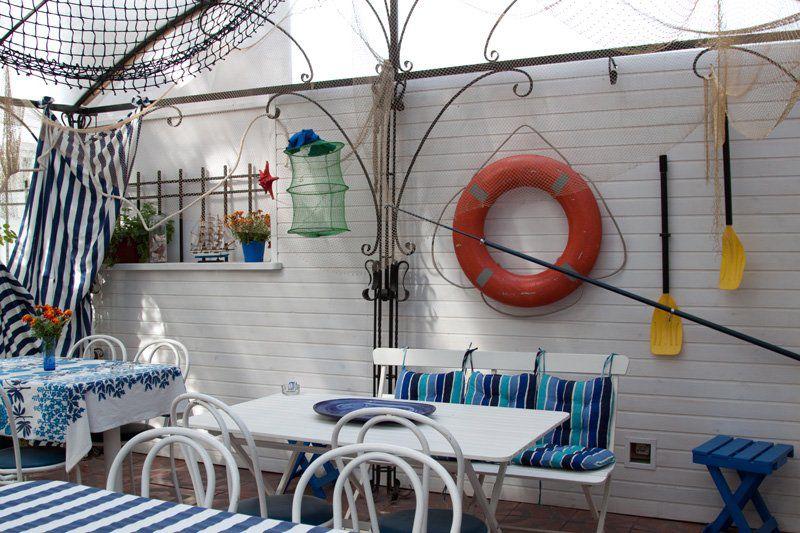 Морской декор на веранде