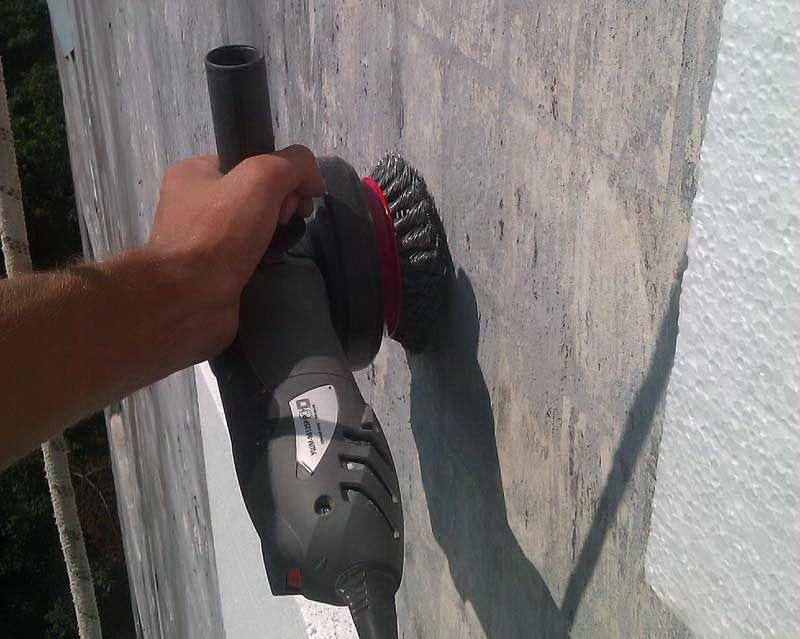 Очистка стен фасада