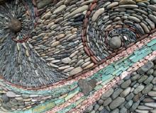 Панно из камня и гальки