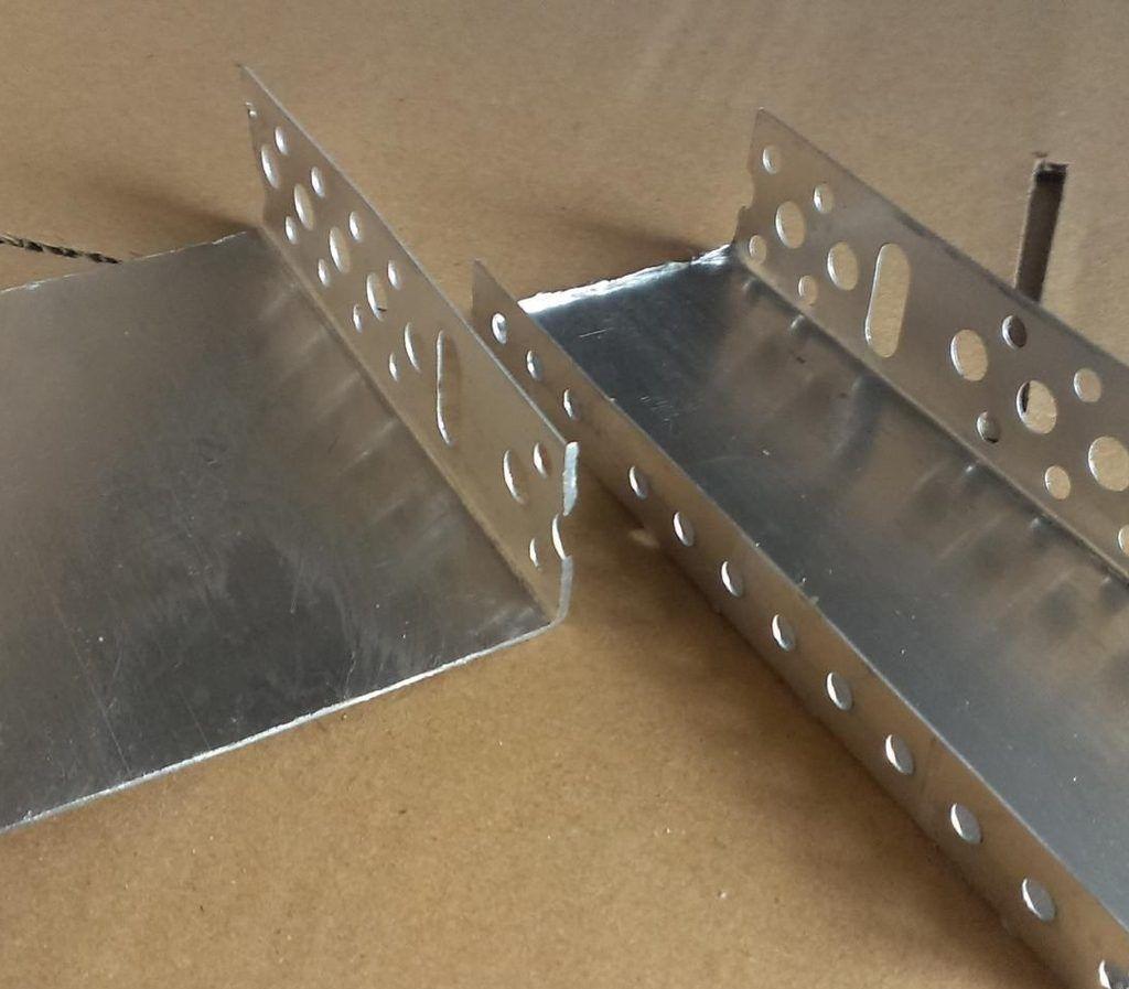 Профиль цокольный стартовый алюминиевый с капельником 53 мм