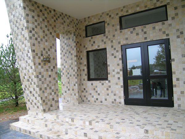 Вариант отделки фасада мозаикой