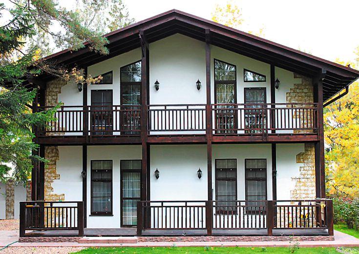 Большой двухэтажный дом в немецком стиле