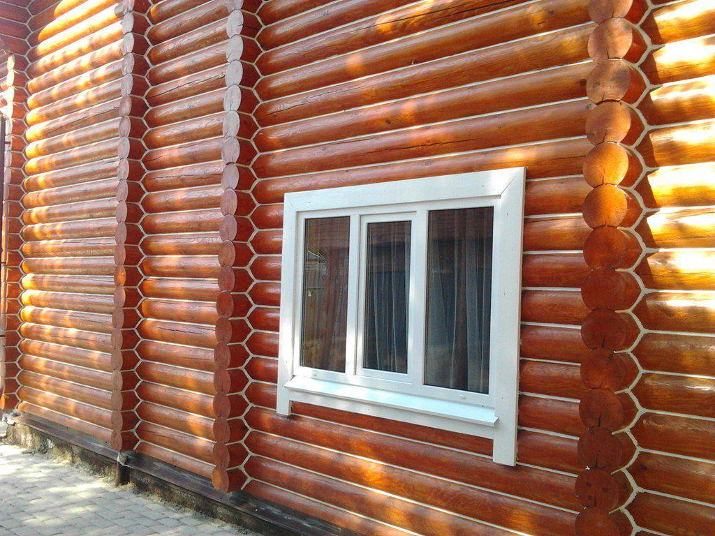 Обработанный фасад бревенчатого дома