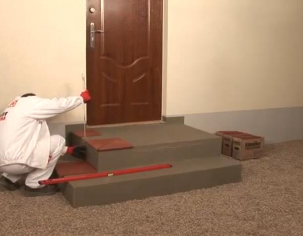 Разметка и выравнивание плитки без раствора