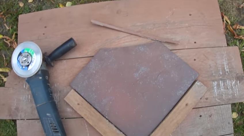 Удобно подрезать плитку болгаркой