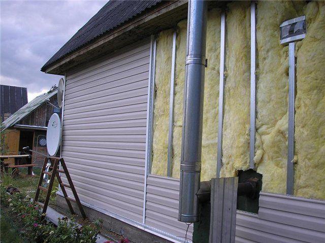 Утепление стен дома снаружи позволяет сохранить полезную жилую площадь