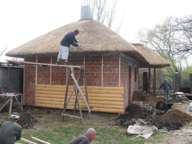 Закрепленная обрешетка и монтаж блок хауса