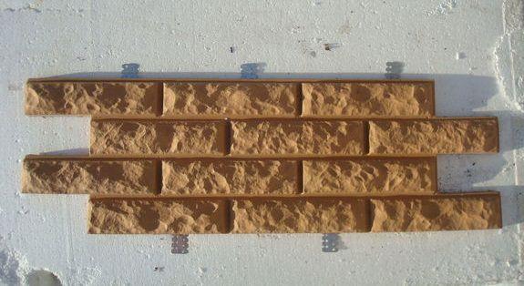 Такая фасадная плитка стоит достаточно дорого