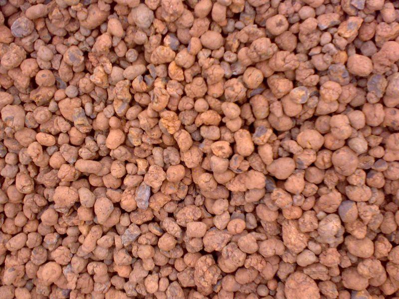 Керамзит редко используется для утепления фундамента