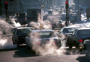 Выхлопные газы от автотранспорта