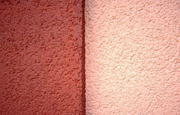 Минеральная штукатурка. Благодаря цементу в своем составе эта штукатурка является наиболее прочной среди всех видов данного материала