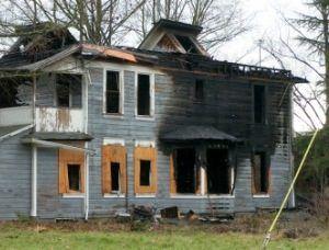 Копоть, образовавшаяся во время пожара