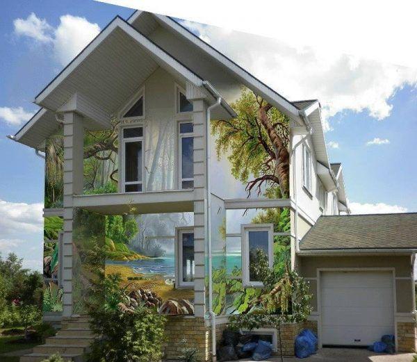 Фреска на фасаде дома