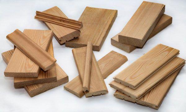 Несколько различных ножей-насадок на самодельный станок для изготовления вагонки позволят создавать различные изделия из дерева