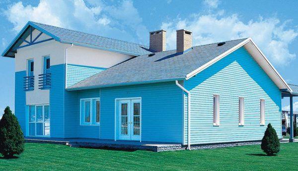Покраска деревянного фасада дома