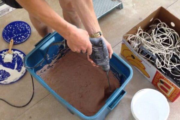 Процесс колерования краски