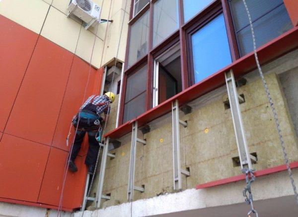 Утепление позволяет улучшить микроклимат в помещениях