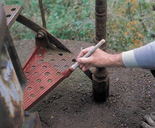 Состав грунтовки зависит от степени повреждения металла