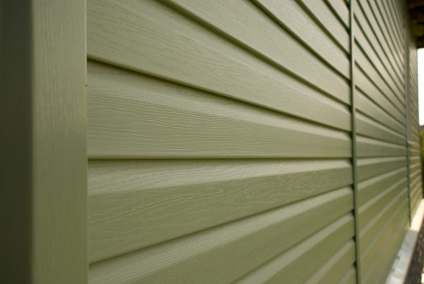 Виниловый вариант используют для внутренних и фасадных работ