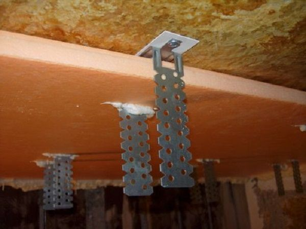 Образец изоляции потолка при помощи пеноплекса