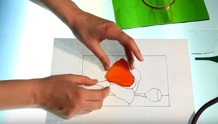 Примеряем вырезанный кусочек на схеме
