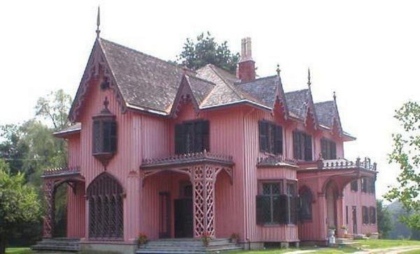 Готический стиль здания