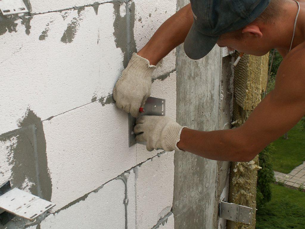 Монтаж можно начинать только после того, как будет выполнена разметка фасада