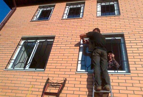 Установка решёток на окна
