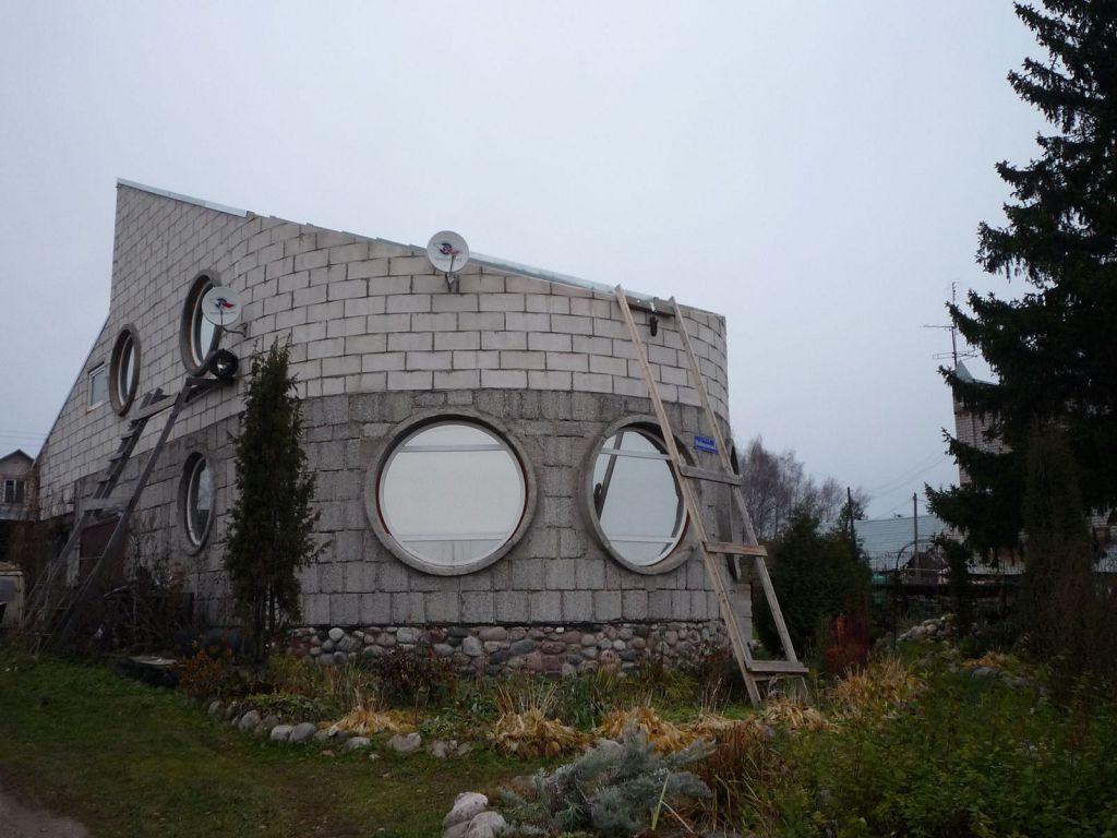 Дом, напоминающий корабль
