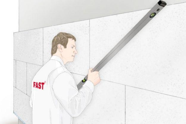 Проверка ровности утепленной стены