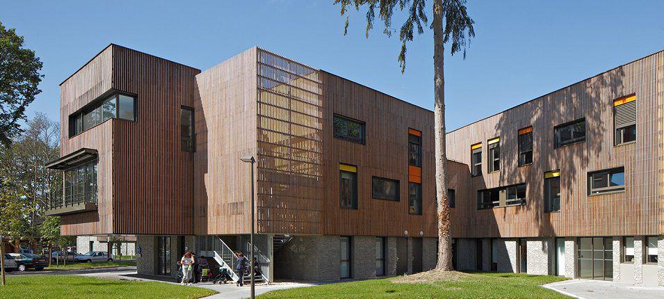 Реечные деревянные фасады