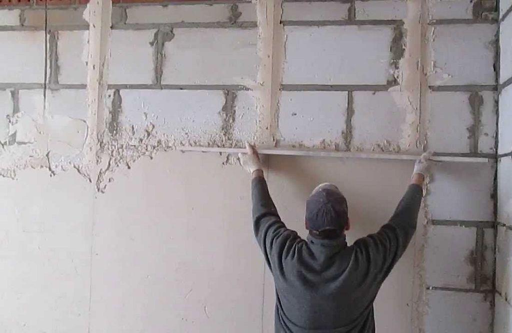 Штукатурка стен внутри своими руками