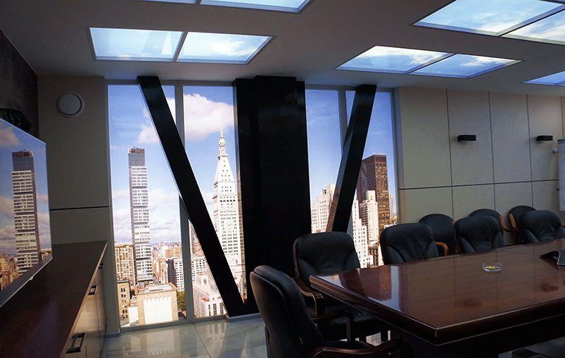 Имитация панорамного окна в интерьере