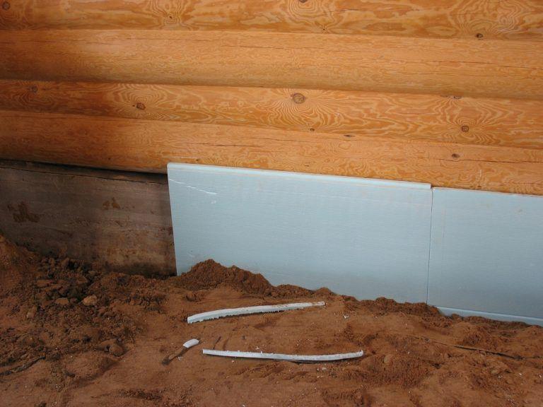 Утепление фундамента деревянного дома пеноплексом