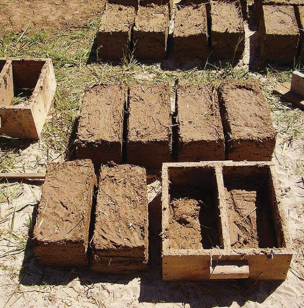 Изготовление саманных блоков