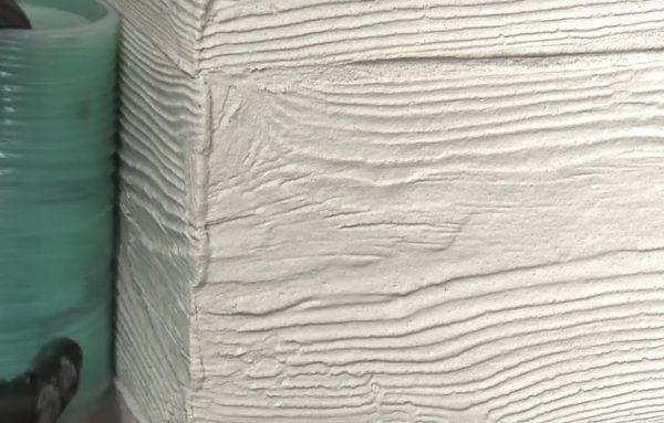 Здесь видны уже сформированные швы между «досками»